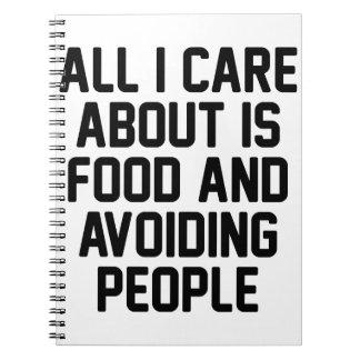 Cadernos Evitando pessoas