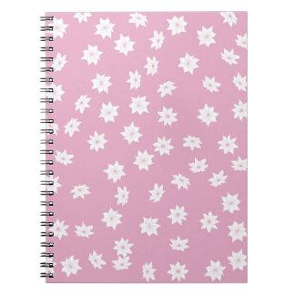 Cadernos Flores cor-de-rosa e brancas
