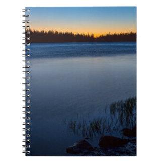 Cadernos Fulgor do lago mountain