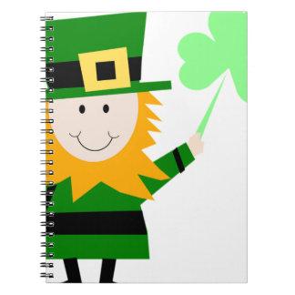 Cadernos Homem afortunado do trevo do Leprechaun