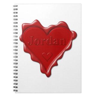 Cadernos Jordão. Selo vermelho da cera do coração com