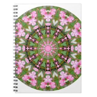 Cadernos Mandala da flor, corações de sangramento 02.0_rd