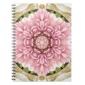 Cadernos Mandalas do coração da liberdade 13 presentes