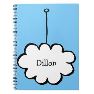 Cadernos Nuvem personalizada em uma corda