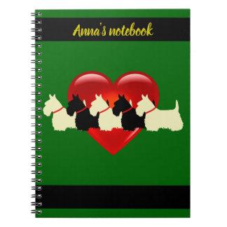 Cadernos Scottish coração de Terrier nome pretos/brancos da