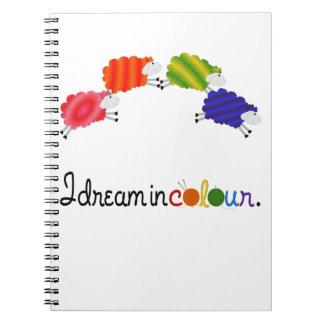 Cadernos Sonho em projetos da confecção de malhas ou do