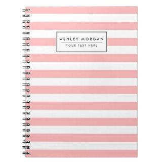 Cadernos Teste padrão cor-de-rosa e branco da listra