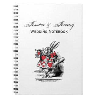 Cadernos Trompetista branca Alice da corte do coelho no