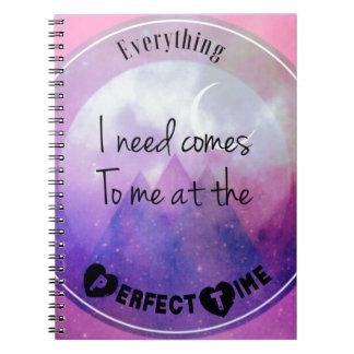 Cadernos Tudo-eu-necessidade-vir-à-me-em--perfeito-tempo