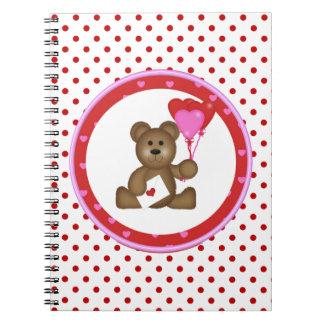Cadernos Urso bonito com os balões dos namorados e do