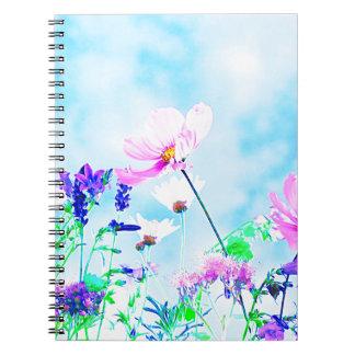 Cadernos Wildflowers na natureza