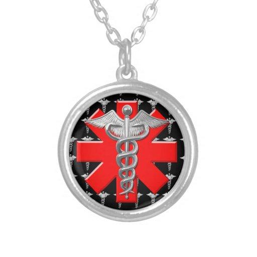 Caduceus de prata e cruz médica colar