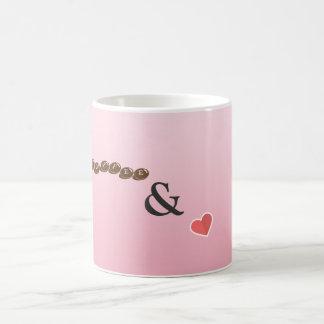 Café bonito e caneca do amor