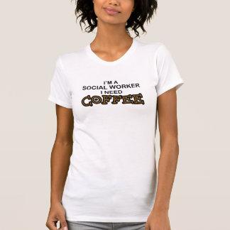 Café da necessidade - assistente social t-shirt