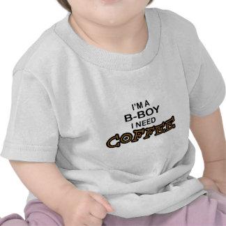 Café da necessidade - B-Menino Camiseta