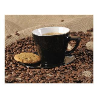 Café e biscoito panfletos coloridos