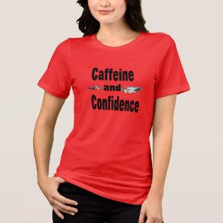 cafeína e camisa inspirada engraçada da confiança