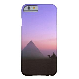 Caixa da pirâmide capa barely there para iPhone 6