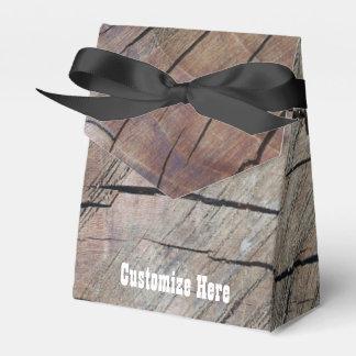 Caixa de madeira rústica personalizada do favor do