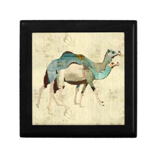 Caixa de presente azul sonhadora dos camelos