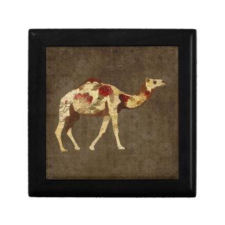 Caixa de presente cor-de-rosa do camelo