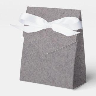 Caixa de presente do favor com as matérias têxteis