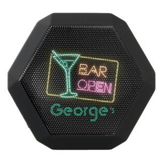 Caixa De Som Preta Com Bluetooth Série do monograma: Sinal aberto do bar de néon do