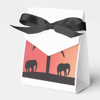 Caixa do favor com dsign do elefante