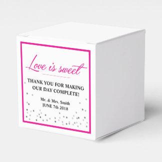 Caixa do favor do casamento do rosa quente e dos