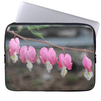 Caixa do laptop da flor do coração de sangramento capas para laptop