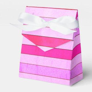 Caixa listrada cor-de-rosa do favor