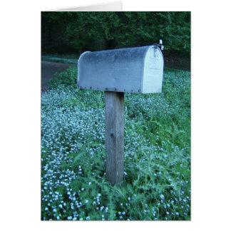 Caixa postal no crepúsculo