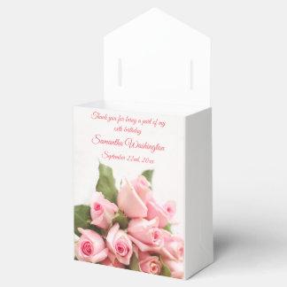 Caixinha Aniversário romântico do buquê do rosa do rosa