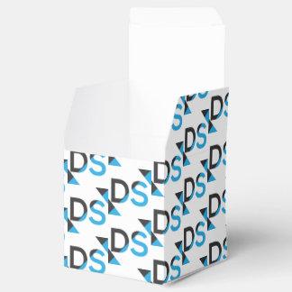 Caixinha Box de presente by a empresa de transporte