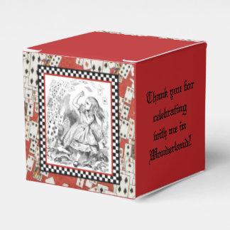 Caixinha De Lembrancinhas Ataque dos cartões 1