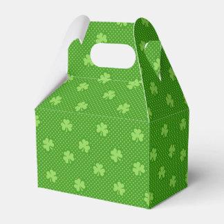 Caixinha De Lembrancinhas Dia verde de Patricks do santo do teste padrão do