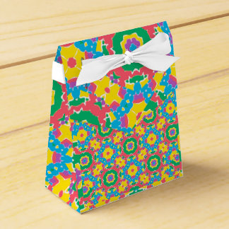 Caixinha De Lembrancinhas Impressão colorido geométrico