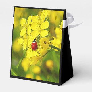 Caixinha De Lembrancinhas Joaninha amarelo do vermelho da boa sorte da flor