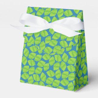 Caixinha De Lembrancinhas Limões verdes frutados no fundo azul a