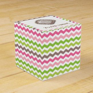 Caixinha De Lembrancinhas Listra colorida da viga com trufa de chocolate