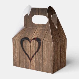 Caixinha De Lembrancinhas Madeira rústica impressão queimado do coração