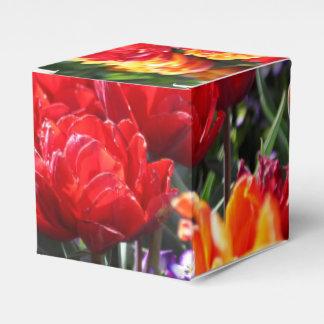 Caixinha De Lembrancinhas Ondas florais dos carmesins de Falln