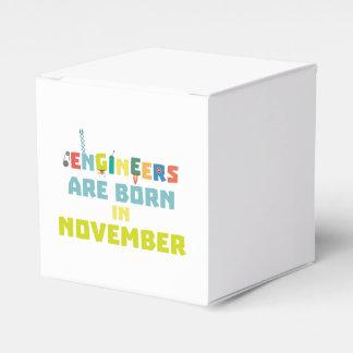 Caixinha De Lembrancinhas Os engenheiros são em novembro Za7ra nascidos