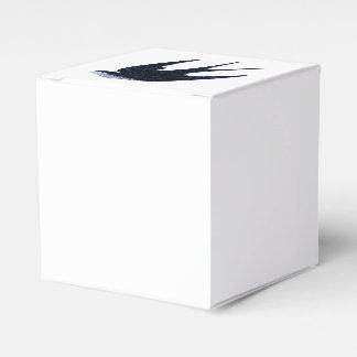 Caixinha De Lembrancinhas papel da andorinha cortado (livre)