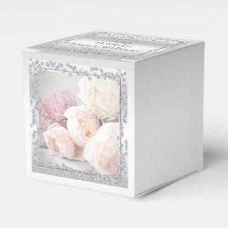 Caixinha De Lembrancinhas Rosas & diamantes românticos