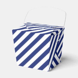 Caixinha De Lembrancinhas Teste padrão diagonal do azul marinho e o branco