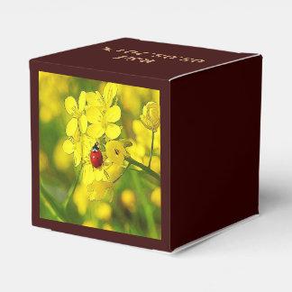 Caixinha Joaninha amarelo do vermelho da boa sorte da flor
