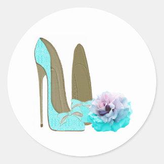 Calçados do estilete do laço de turquesa e arte adesivo