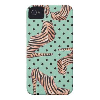 Calçados selvagens do tigre capa para iPhone 4 Case-Mate