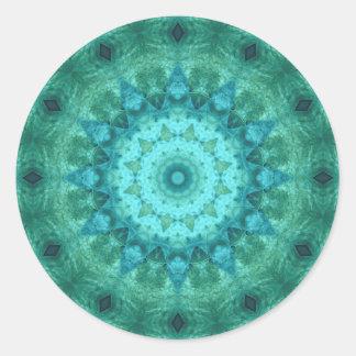 Caleidoscópio do medalhão do oceano adesivo redondo